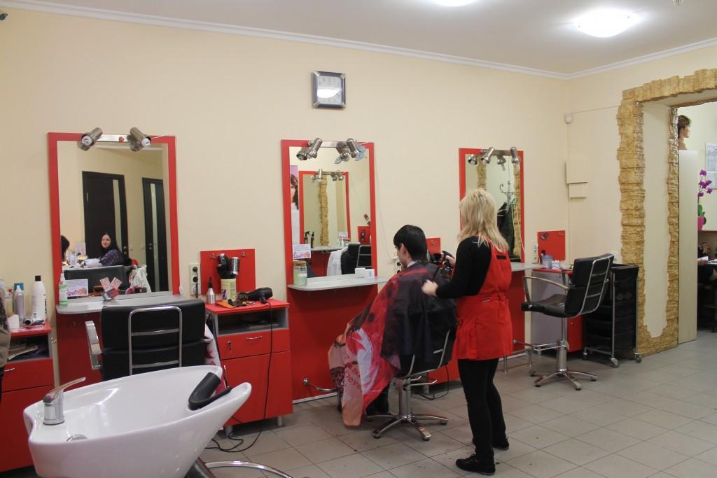 Вышивка для салонов красоты и парикмахерских